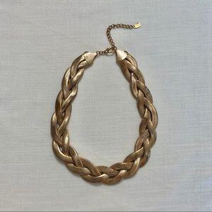 Vintage Jewelry - Vintage 3 strand snake gold necklace. Fabulous!